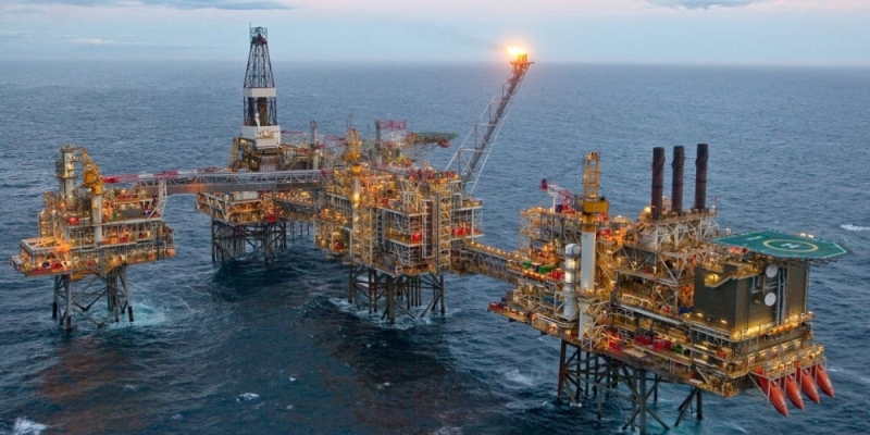 Falling Oil Prices Bode Nothing Well For Azerbaijan, Expert Proposes Draft Budget Review For 2019