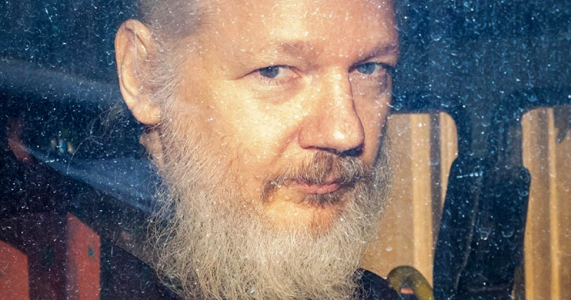World Reacts To Assange's Arrest With Russia Calling Wikileaks Independent Source Of Information