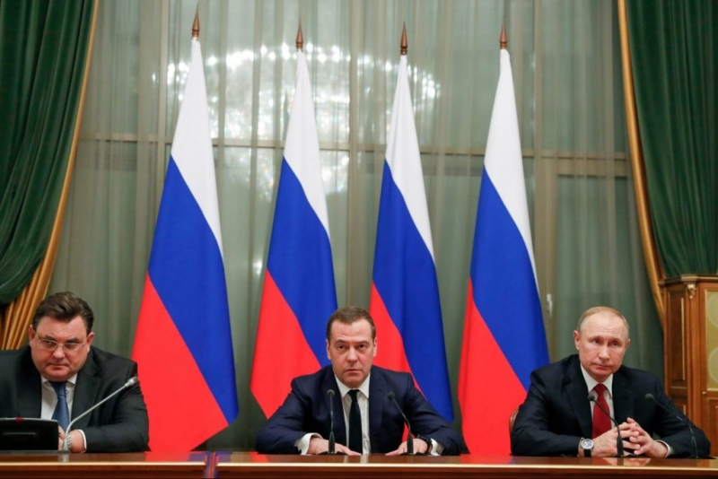 Putin Makes Changes As Russia Stagnates - Opinions By Leading Pundits