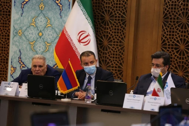 Iran, Armenia Vow To Reach Trade To 1bn Dollars Within Six Months