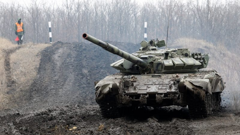 Russia Warns New Donbas Conflict Could 'Destroy' Ukraine, NATO Rebukes Moscow